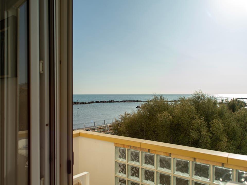 hotel-strand---camera-standard---3