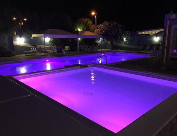 hotel strand marina di montenero piscina